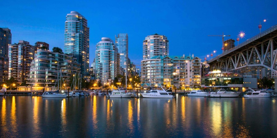 Flickr_Vancouver-False-Creek_©Kenny-Louie-_CC-BY-2_2500x1250px.jpg